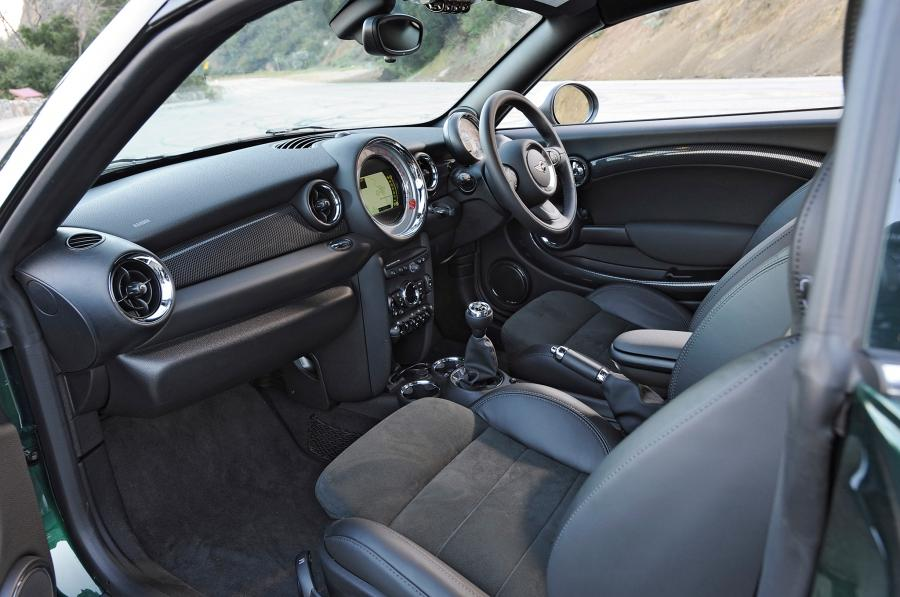 2013 Mini Cooper S Coupe Interior