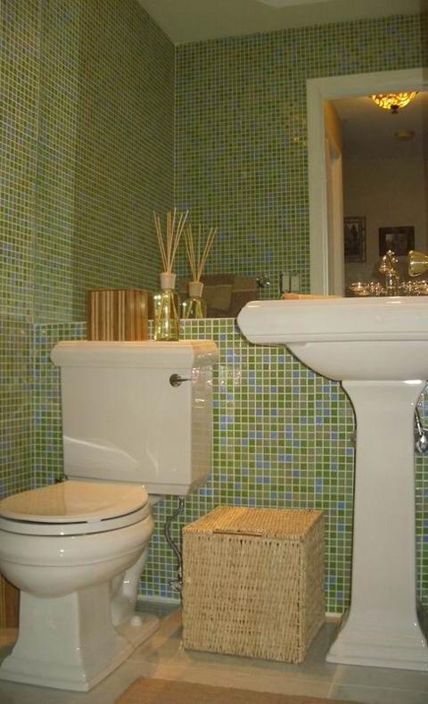 Summer Blend Glass Mosaic Tile Bathroom