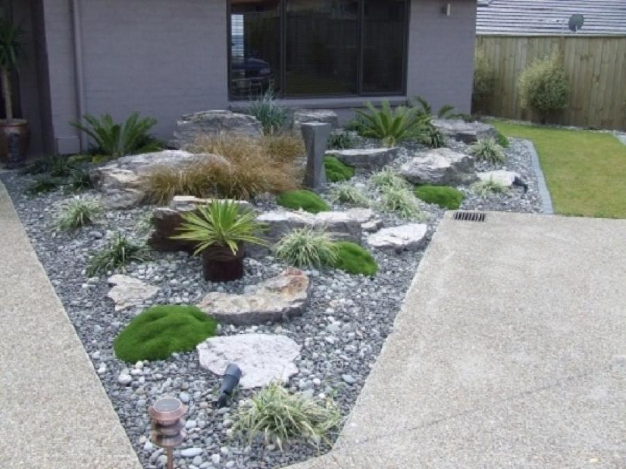 Front yard rock garden photos Simply garden design