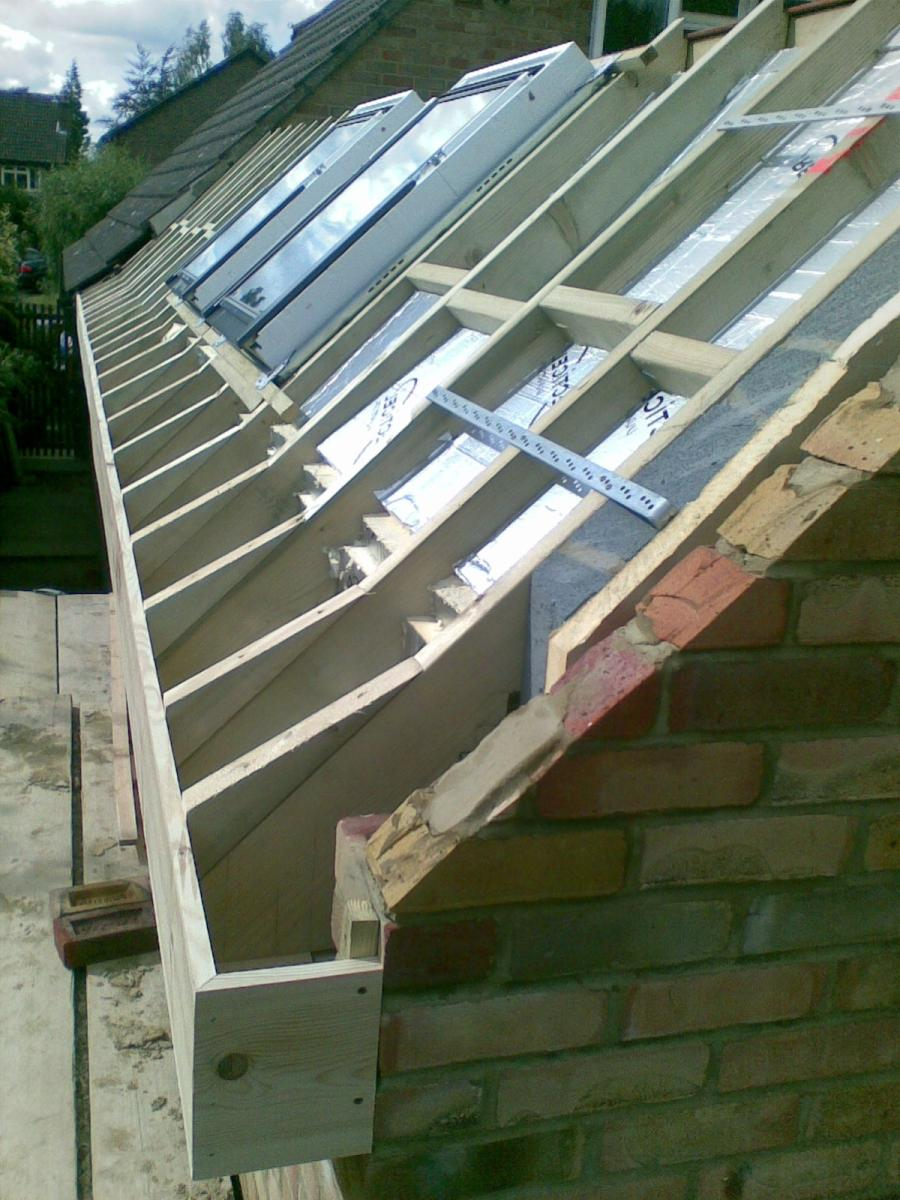Dual pitched roof photos - Garden sheds nottingham ...