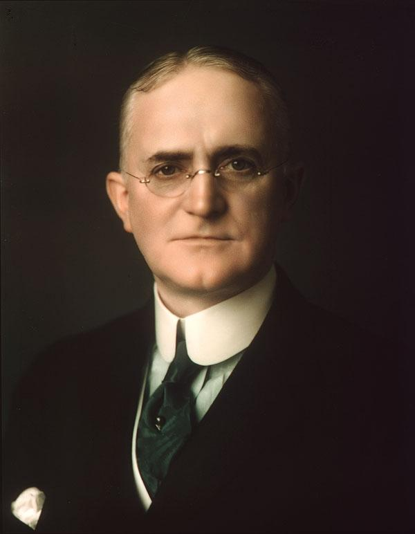 george eastman George eastman: george eastman, american entrepreneur and inventor whose introduction of the first kodak camera helped to promote amateur photography on a.