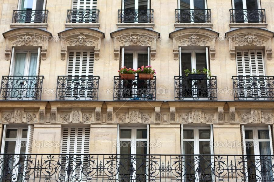 Apartment building with balcony in Paris u2014 Photo by WDGPhoto