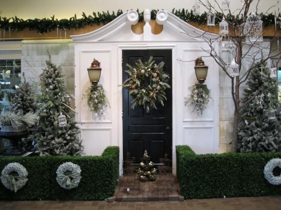 classic outdoor christmas decorations photos
