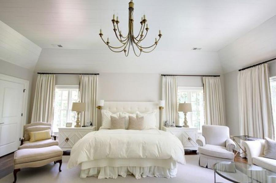 Comely Scheme For Luxurious White Bedroom Design