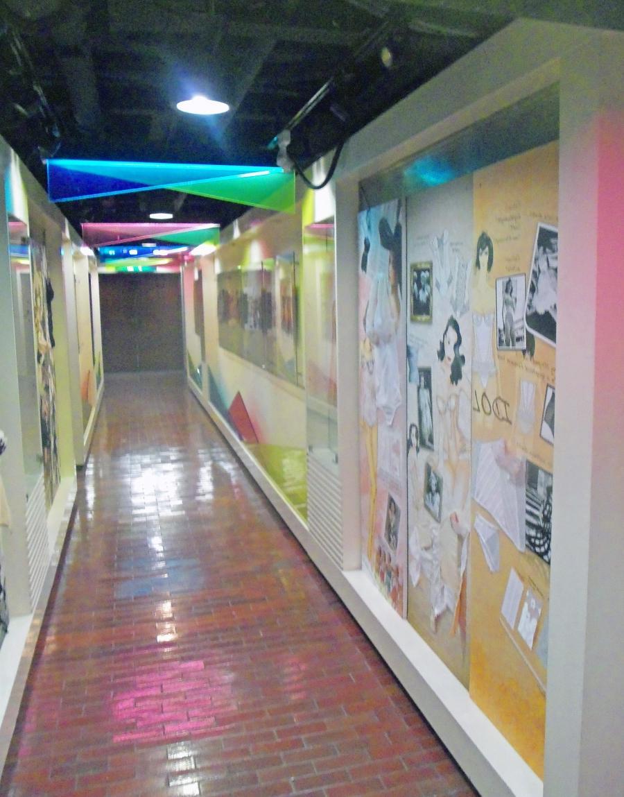 File:Hallway display at ACE Style Institute of Intimate Apparel,...