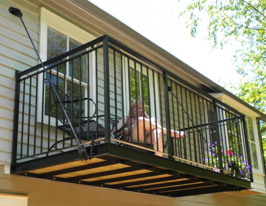 Balcony Gallery | InnoTech Manufacturing, LLC.