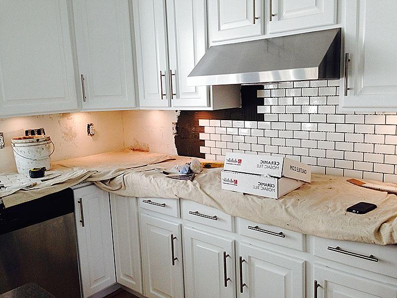 How to put in tile backsplash