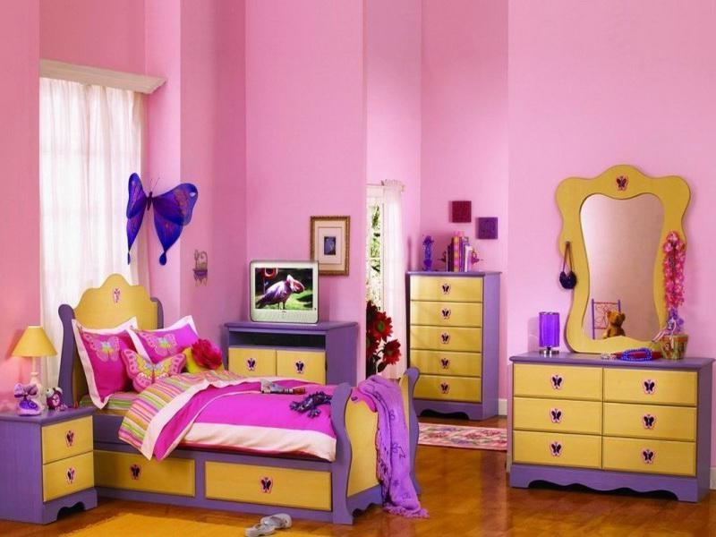 Creative Butterflies Girl Themed Bedrooms Design With Showy...