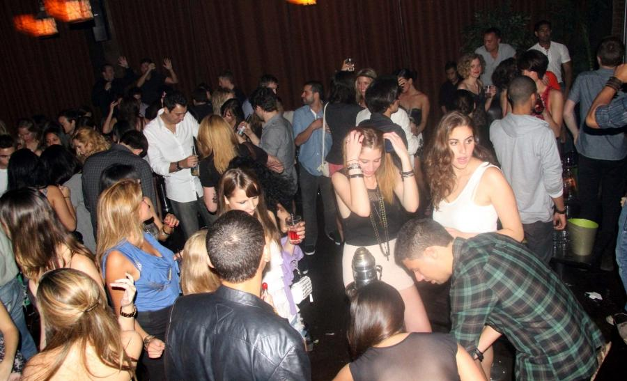 Friday night at Veranda was amazing. N Here are the pictures to...
