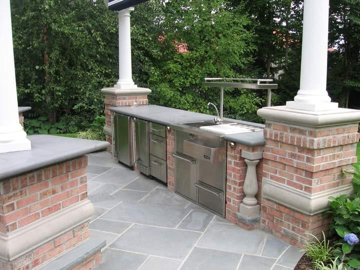 Custom outdoor kitchen luxury outdoor kitchen ...