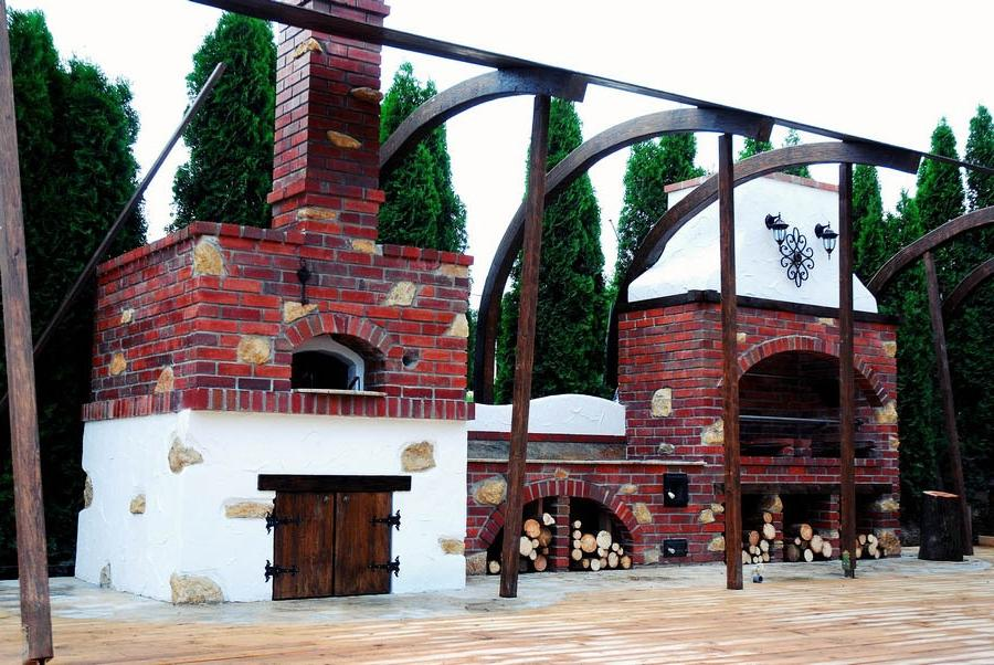 Kitchen : Transilvania Castle Kitchen Best Summer Kitchens Bridge.