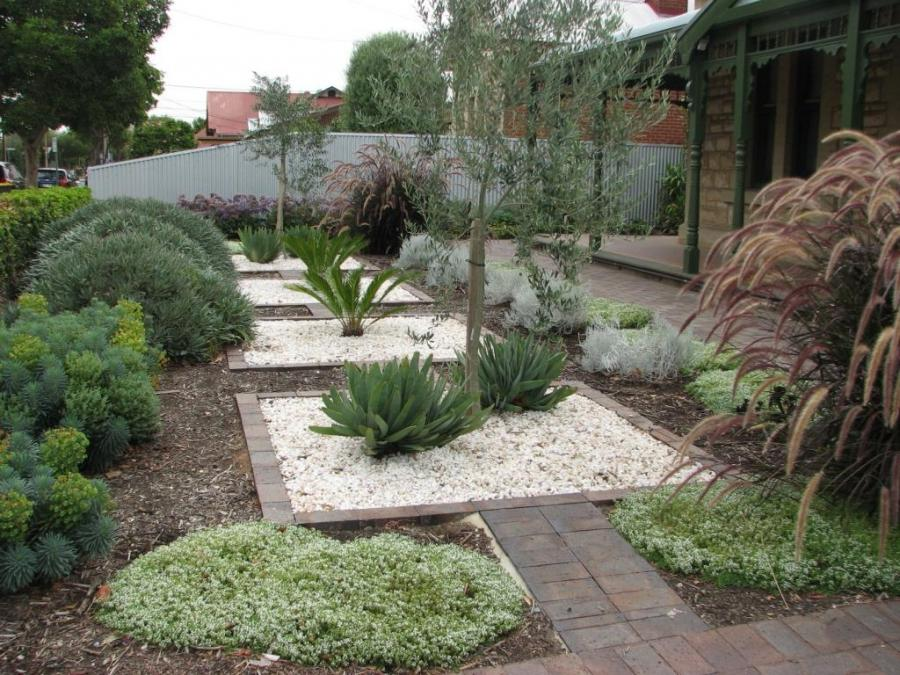 Garden designs and photos in australia for Landscape design adelaide hills
