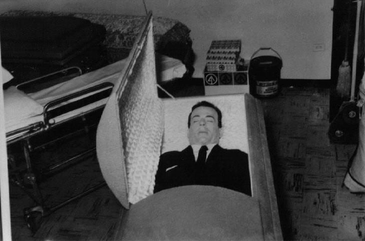 Shocking Post Mortem Photos Of Famous People - LiveLeak