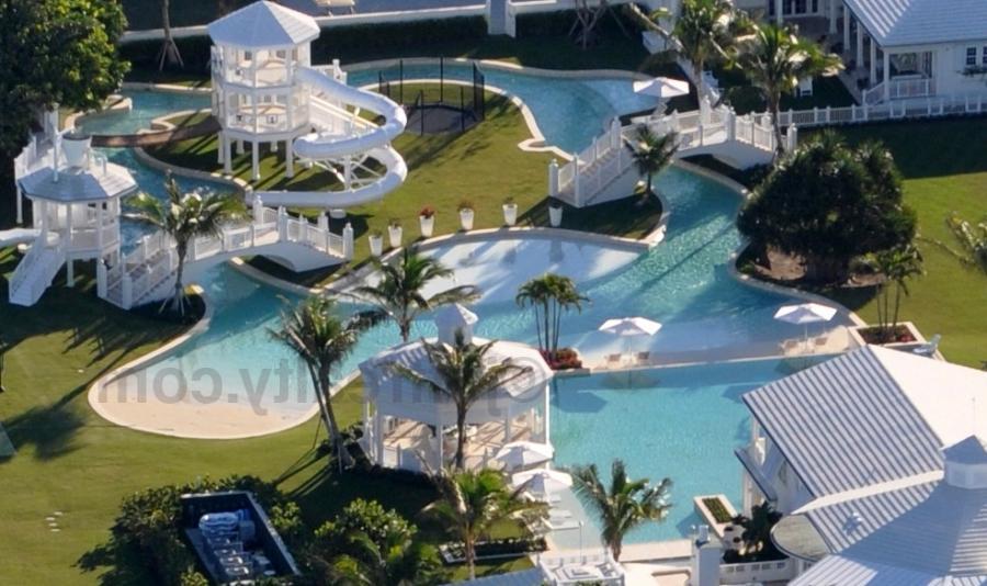 Photos of celine s house for Celine dion jupiter island home for sale