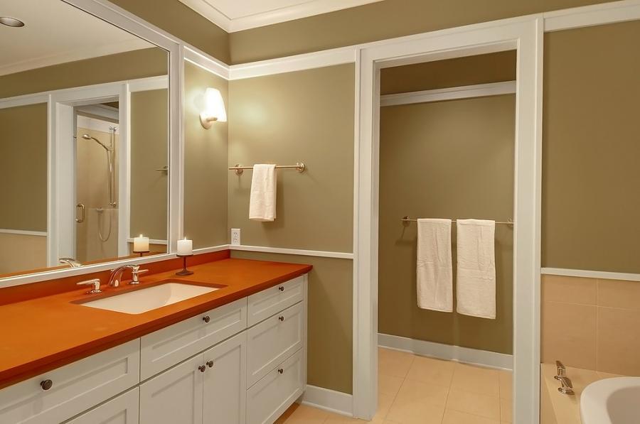 Craftsman Style Bathrooms