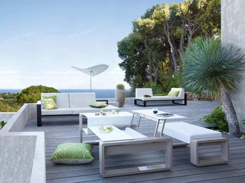Minimalist-Balcony-Design-Ideas