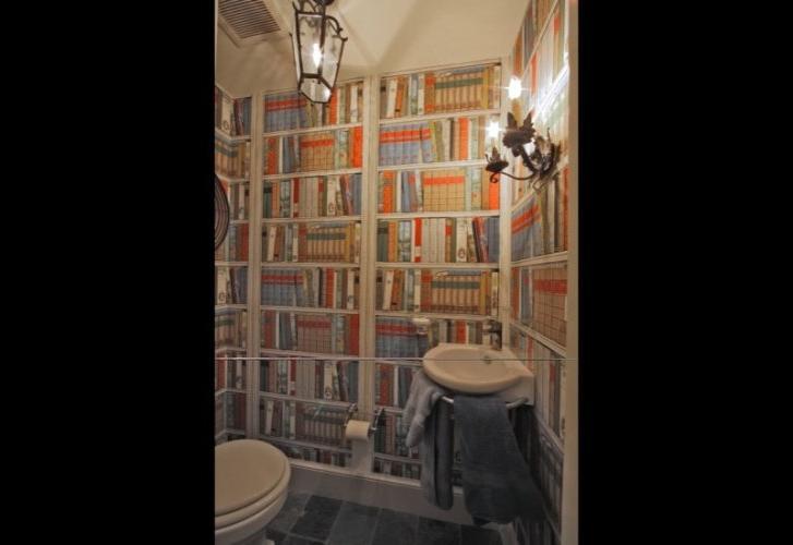 Bathroom Remodel Books : Books bathroom photo