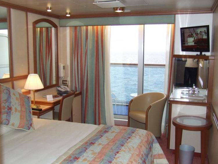 Cheap Cruise Deals >> Emerald princess balcony photos