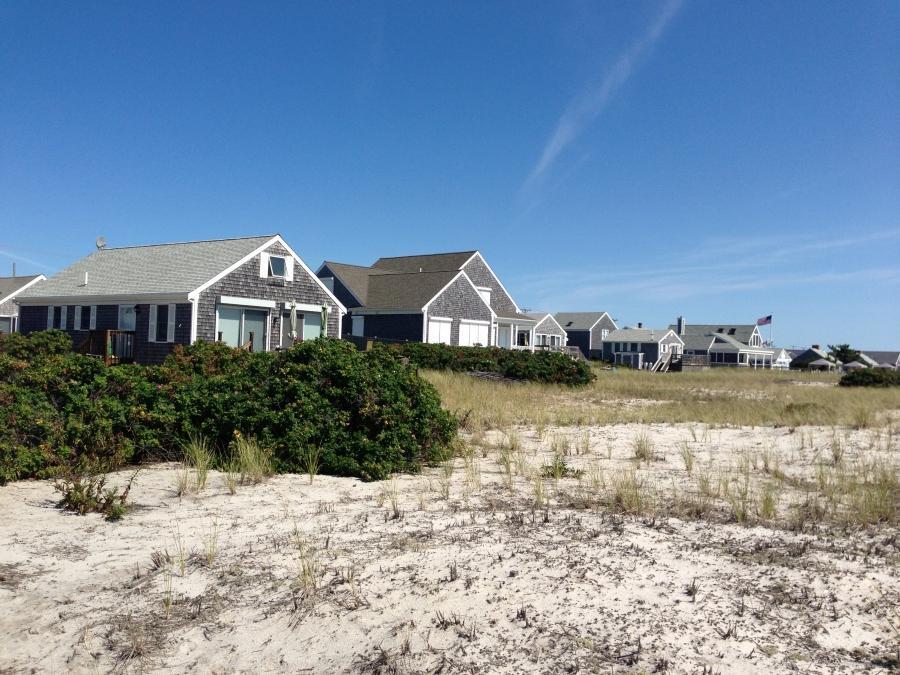 Cape cod beach house photos for Cape cod beach homes
