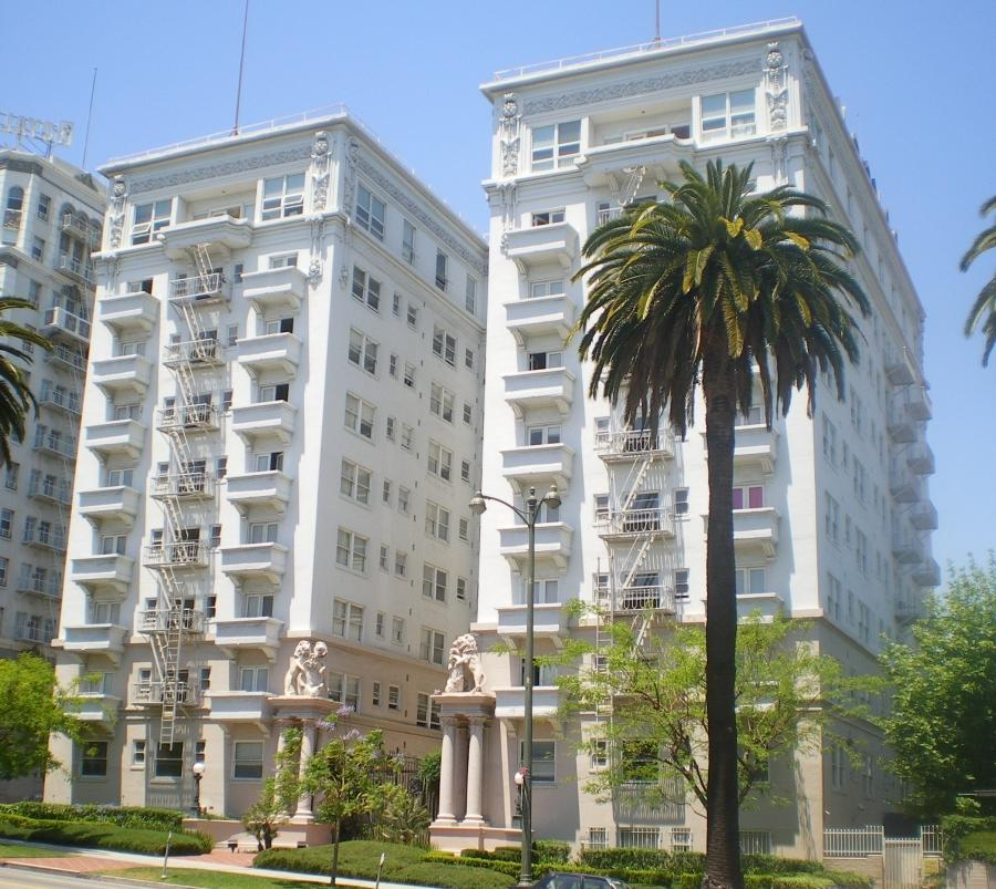 File:Bryson Apartment Hotel, Los Angeles.JPG