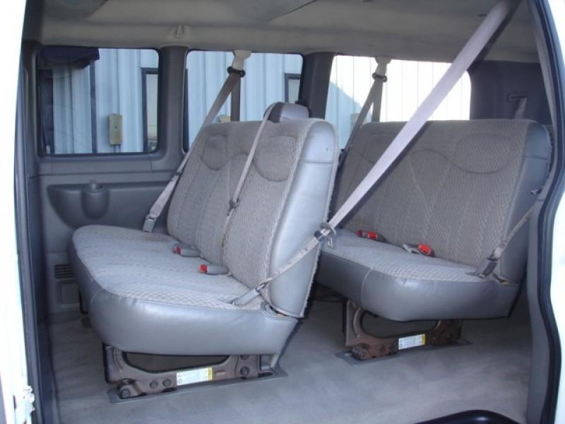 15 Passenger Van Interior Photos