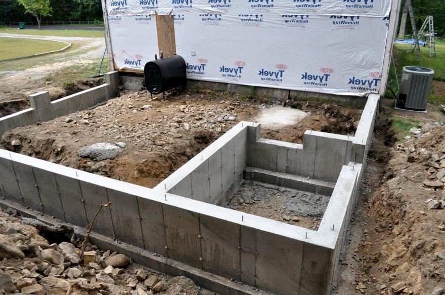Как и из чего сделать фундамент для деревянного дома 556