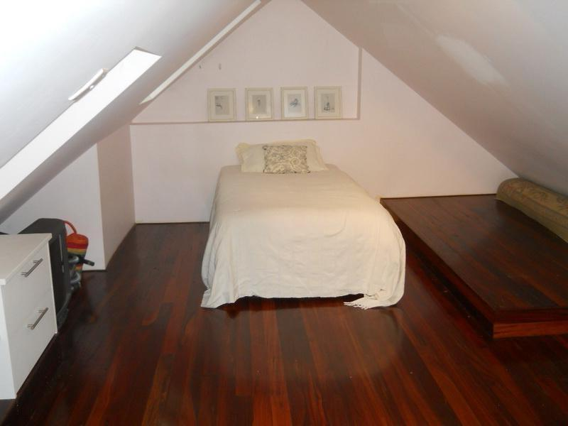 Glamorous Concept For Luxurious Small And Cute Attic Bedroom...