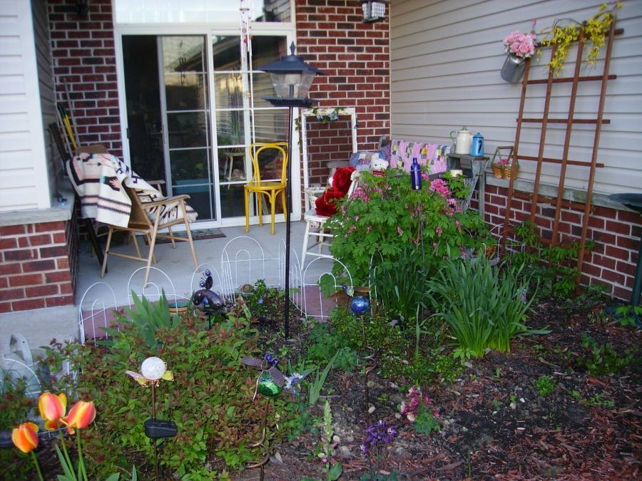 Small english garden photos for Small english garden designs