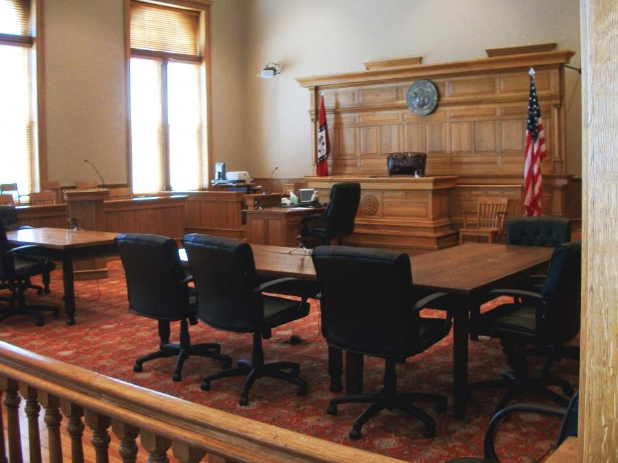 Washington County Courthouse (Arkansas) courtroom