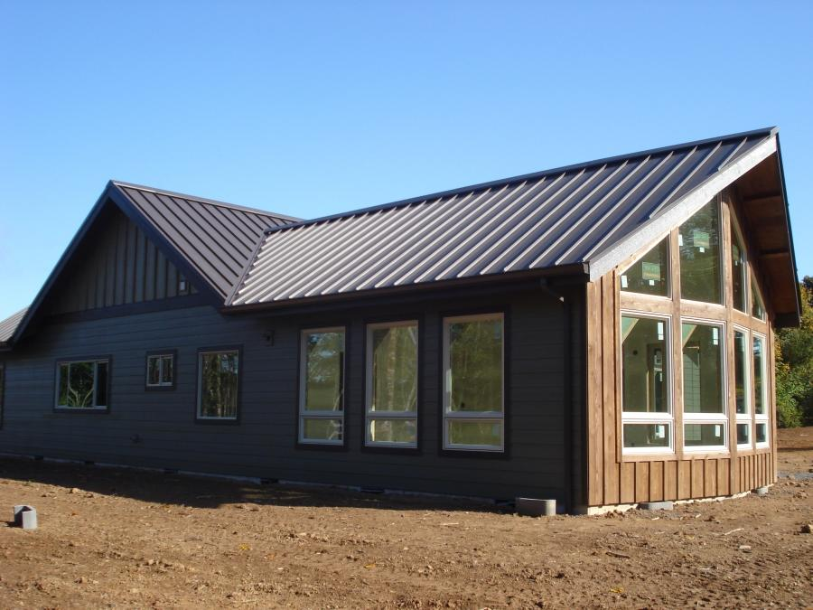 Metal Home Roofs Photo