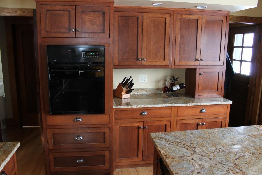 Red oak kitchen cabinet photos - Cornerstone kitchens and bathrooms ...
