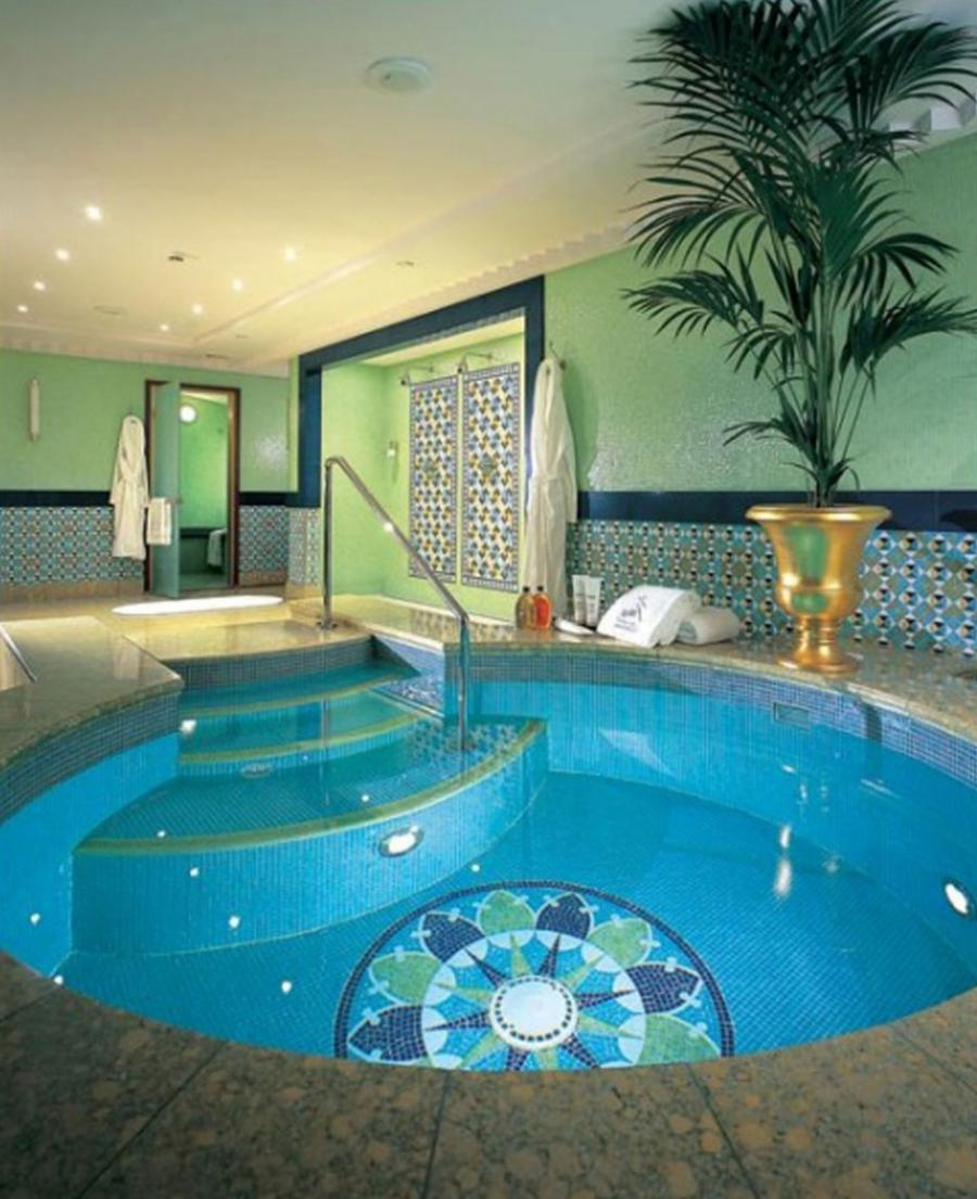 Swimming pool house photos for Luxury indoor swimming pool design