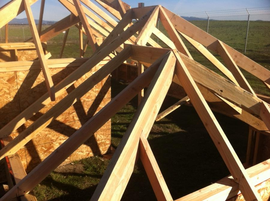 Photos of roof framing for House framing 101