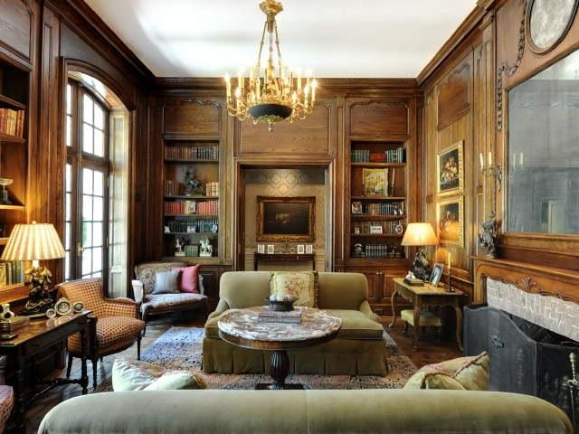 John Bobbitt designed this dreamy French bedroom!