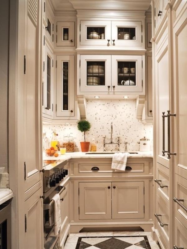 Small elegant kitchen photos for How to design a small kitchen layout
