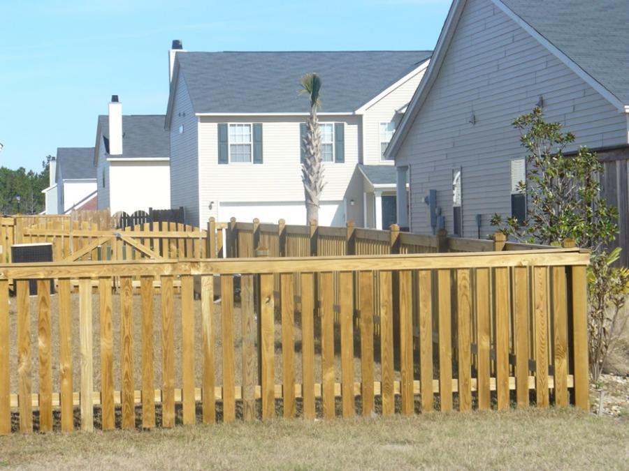 Picket fences photo for Charleston style fence