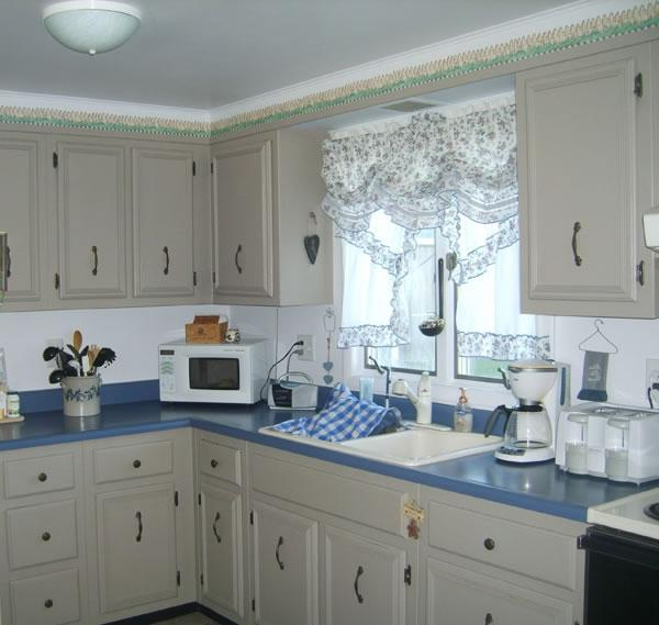 Kitchen makeovers caromal colours ask home design for Caromal colours kitchen cabinets