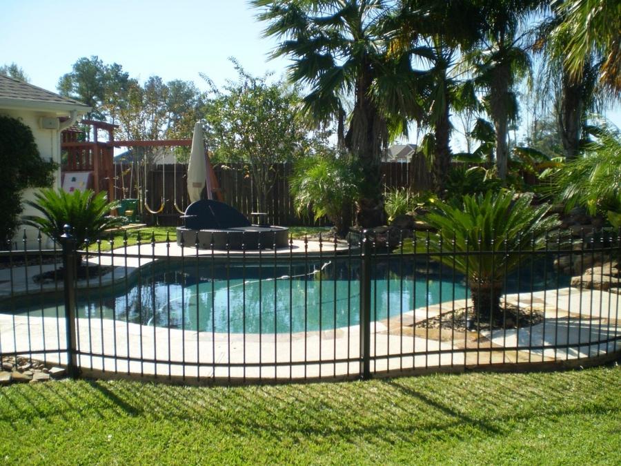 Iron Pool Fence Photos