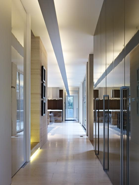2013 Penthouse in Downtown Montreal Design by Rene Desjardins...