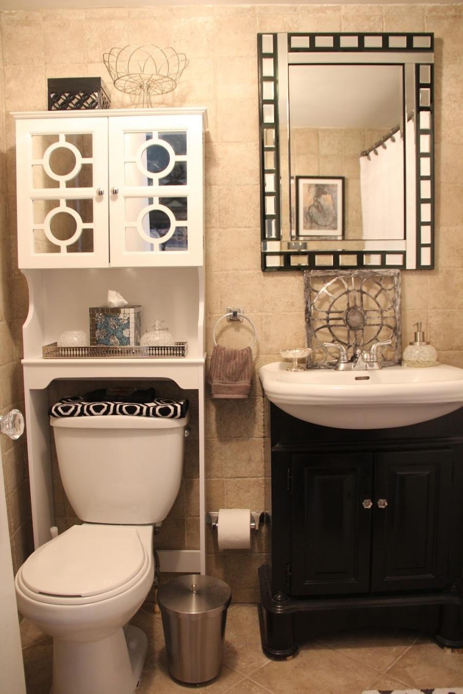 Black and beige bathroom