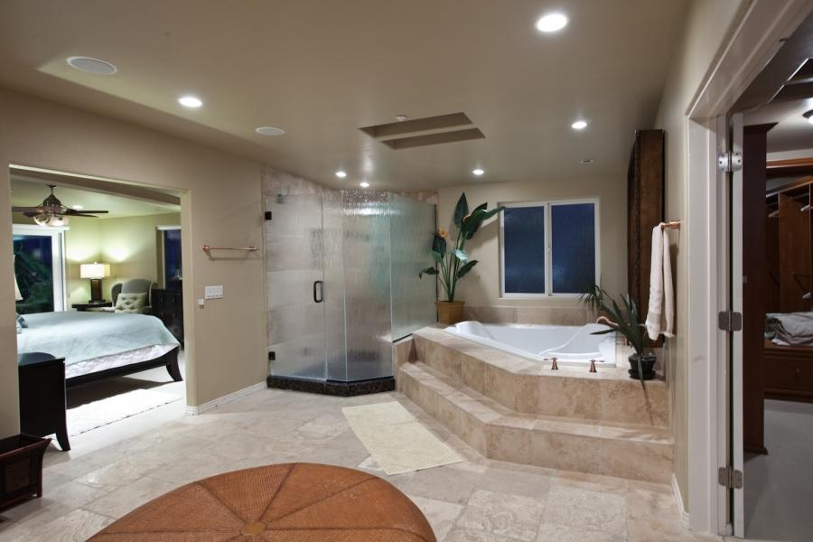 Photos of master bedrooms and baths for Open bathroom designs