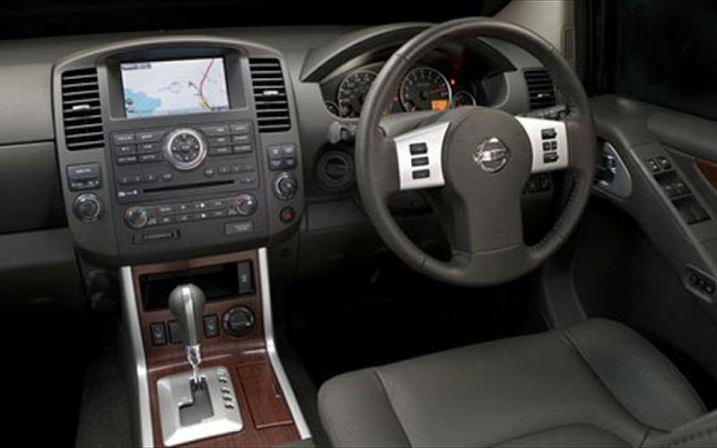 2008 Nissan Armada Interior Photos