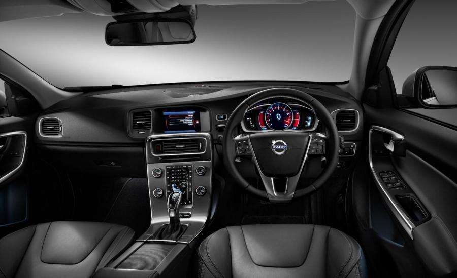 Volvo s60 interior photos