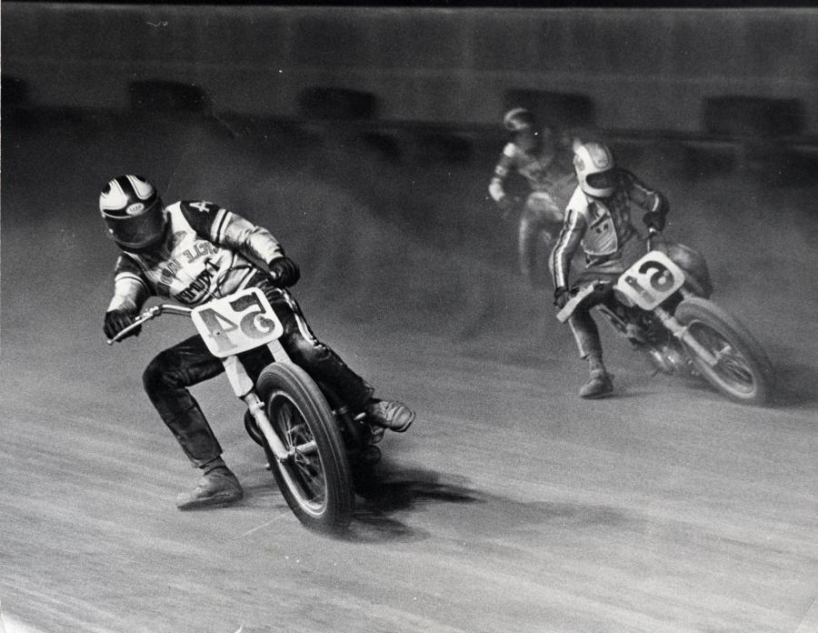 Dick mann ama flat track riders