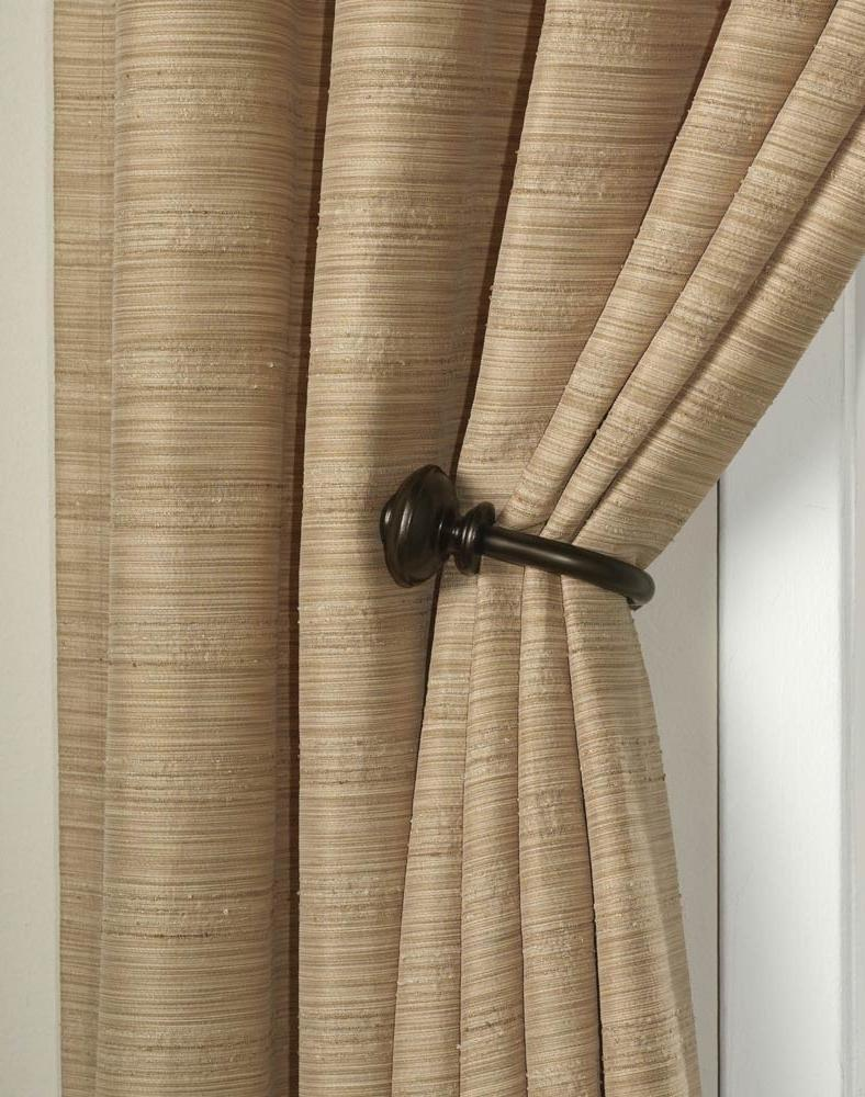 Photos Of Curtains With Holdbacks