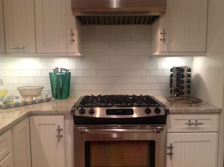 subway tile kitchen backsplash photos