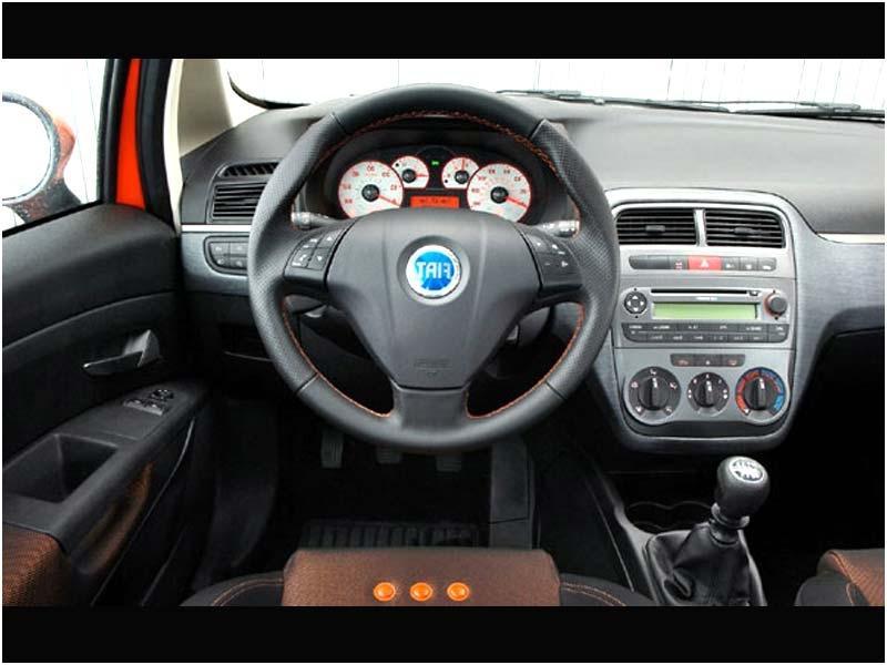 Grande punto interior photos for Fiat grande punto interieur