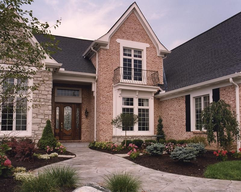 Photos of houses with brick stone combinations for Brick stone combinations