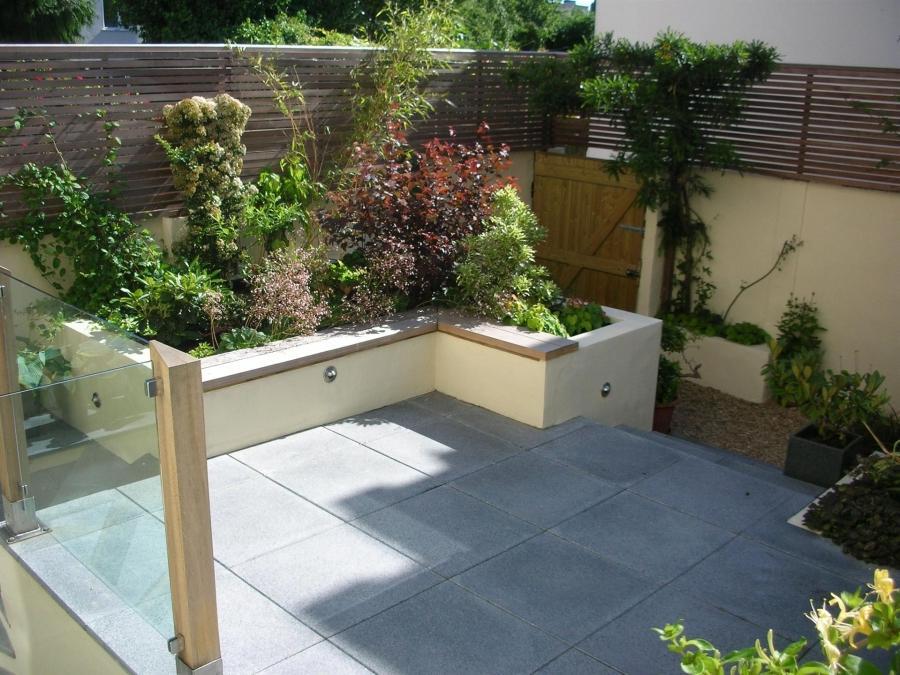 Courtyard garden photos for Garden design gloucestershire