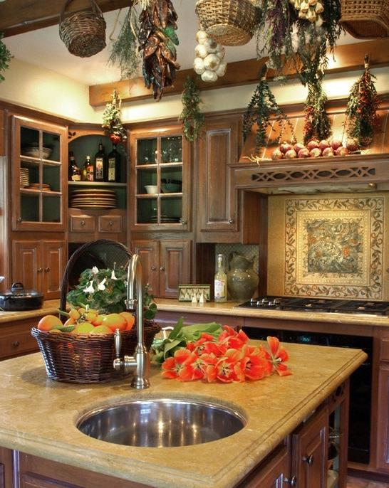 English cottage kitchen photos for Amazing country kitchens